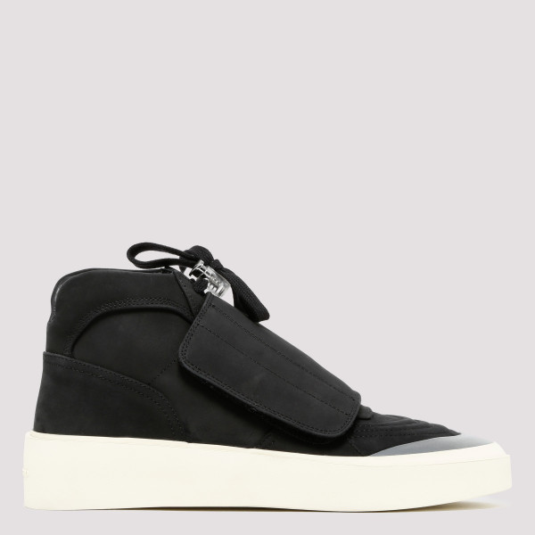 Black Skate Mid Sneakers