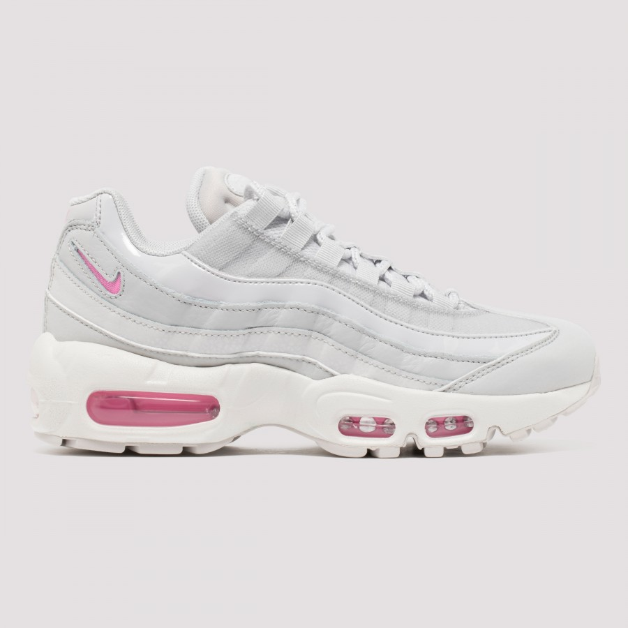 brand new c6ef0 eb35f Air Max 95 SE white and pink sneakers