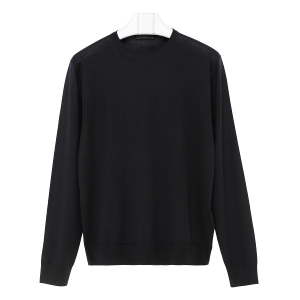 Black virgin wool sweater