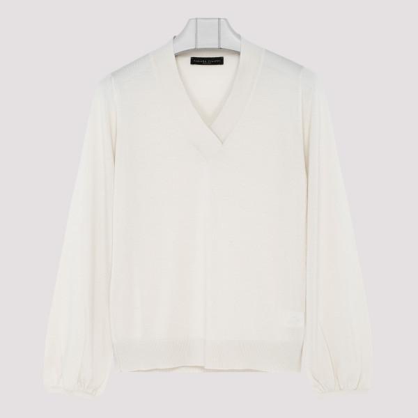 White virgin wool blend...