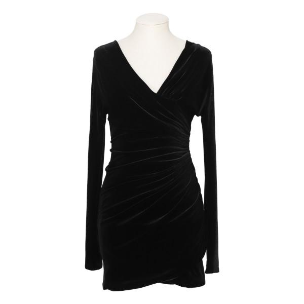 Black Off-Shoulder Velvet Mini Dress