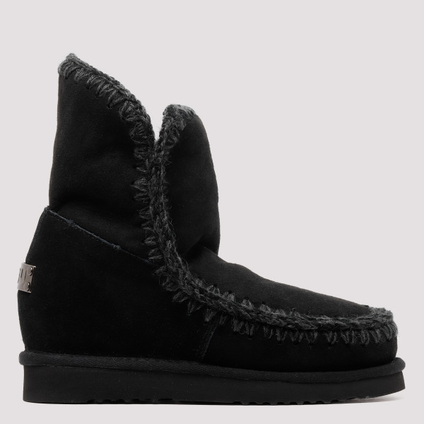 Black Eskimo 18 booties