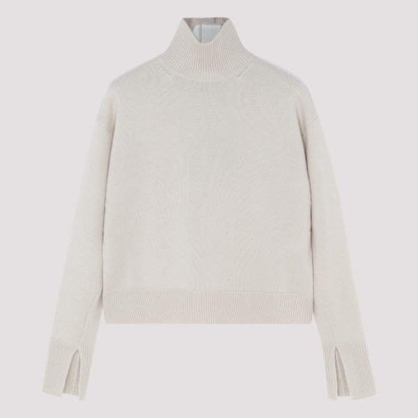 White wool and cashmere...