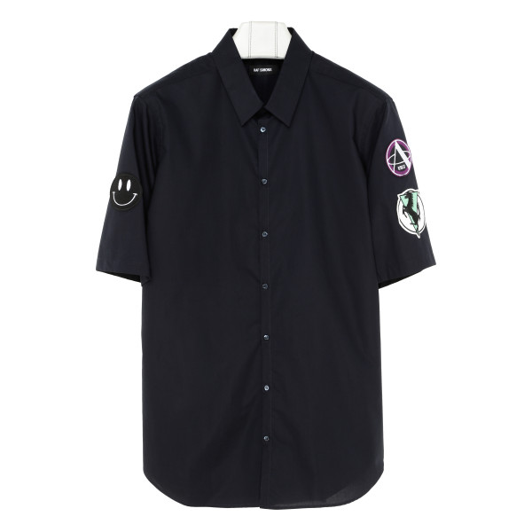 Patches black shirt