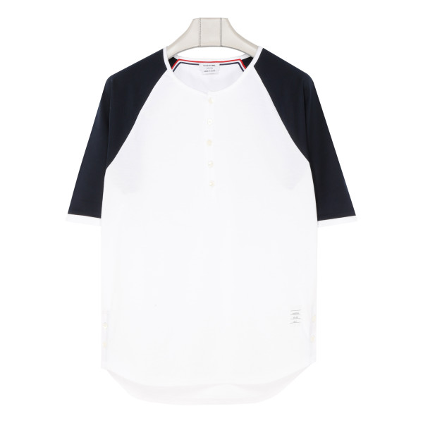 Contrasting sleeves T-shirt