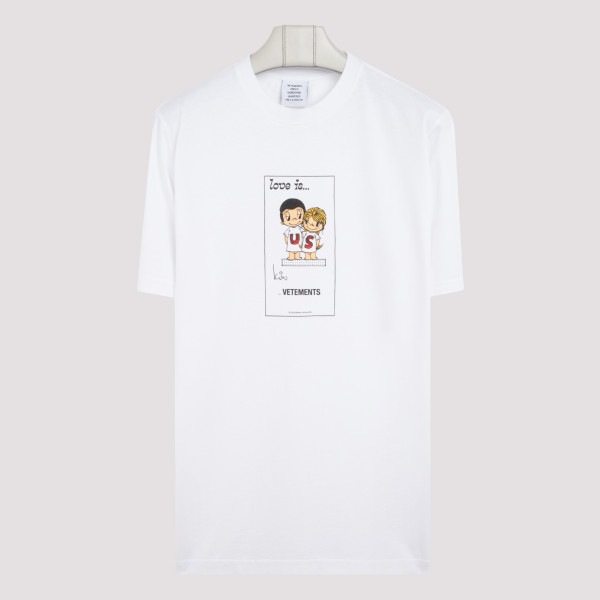 Love is...us printed T-shirt