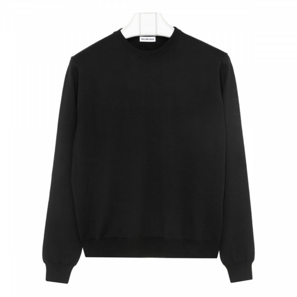 Black wool sweater with pink logo
