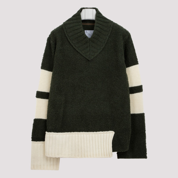 Green wool V-neck jumper