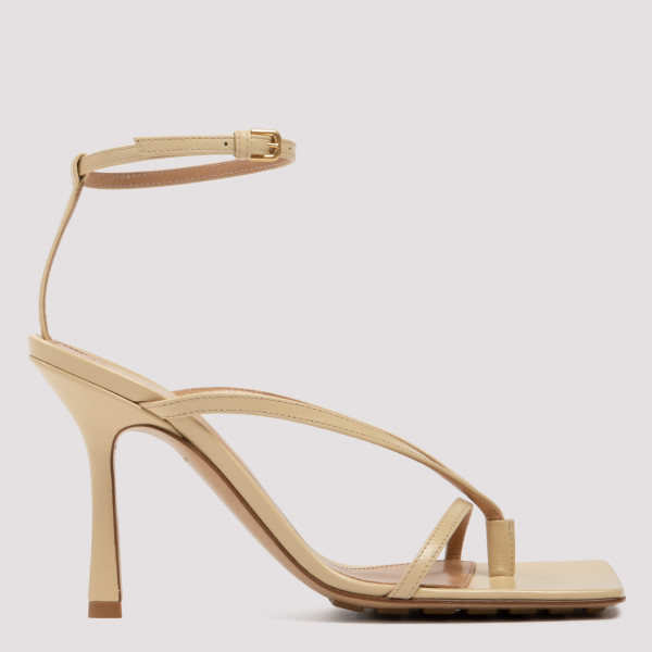 Stretch beige leather sandals