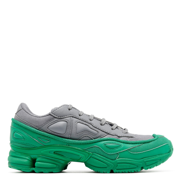 Ozweego sneakers in green and grey