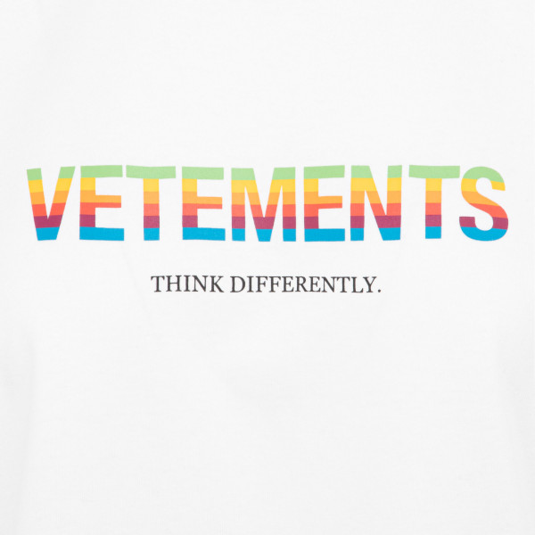 Vetements think differently logo T-shirt