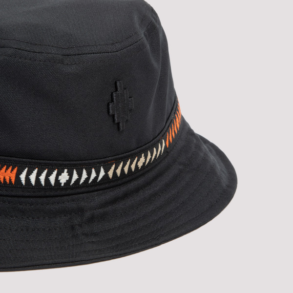 Marcelo Burlon County of Milan Cross Tape Bucket Hat